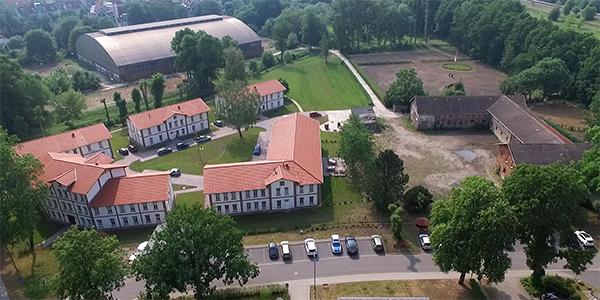 Gutspark_Reitanlage